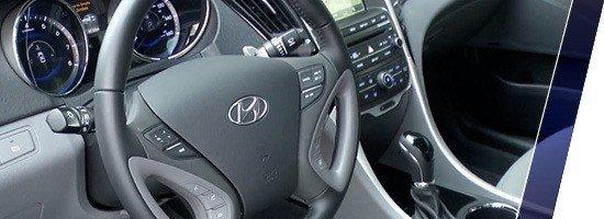 White Hyundai Sonata 2014
